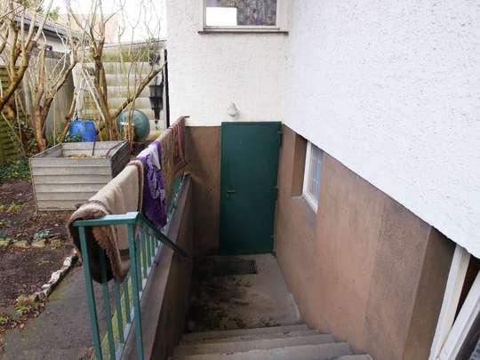 Sanierungsbedürftiger Winkelbungalow im Rudower Blumenviertel - Bild 6