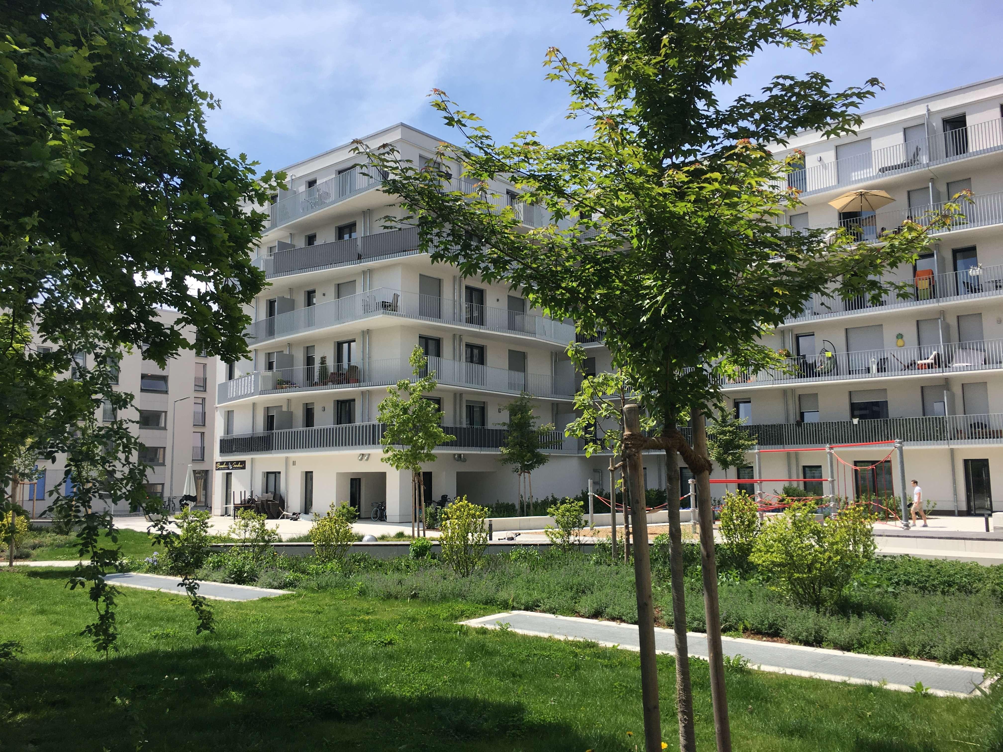 Neubau 3-Zimmer-Wohnung mit großem Balkon und EBK in Schwabing in Schwabing (München)