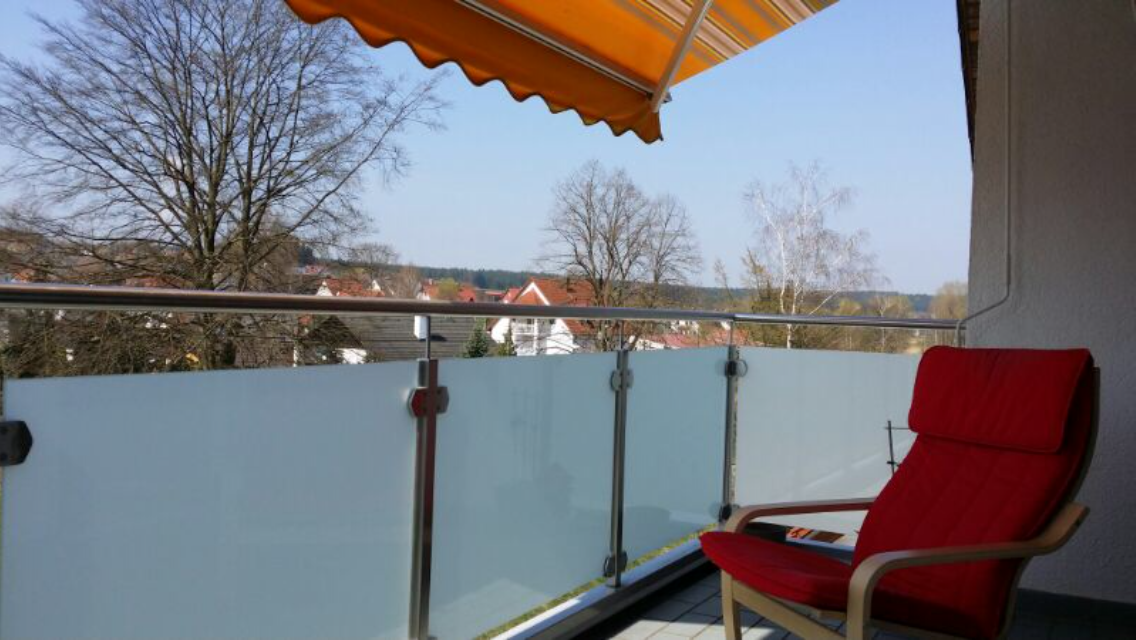 Provisionsfrei! Traumhafte Wohnung im DG mit Balkon