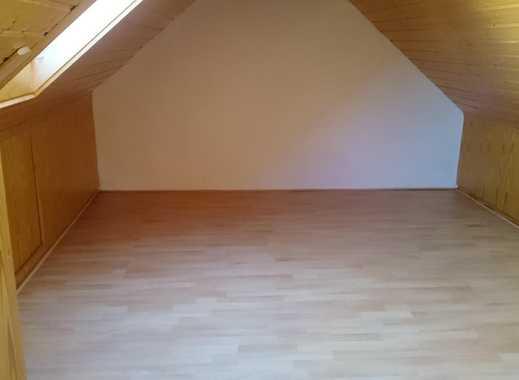 Schöne 2er WG in 3 Zimmer Wohnung ~ 90qm