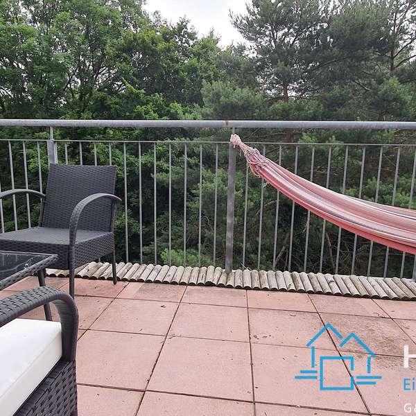 *** helle 1-Zimmer-Wohnung mit Balkon im Frankenberger Viertel ***