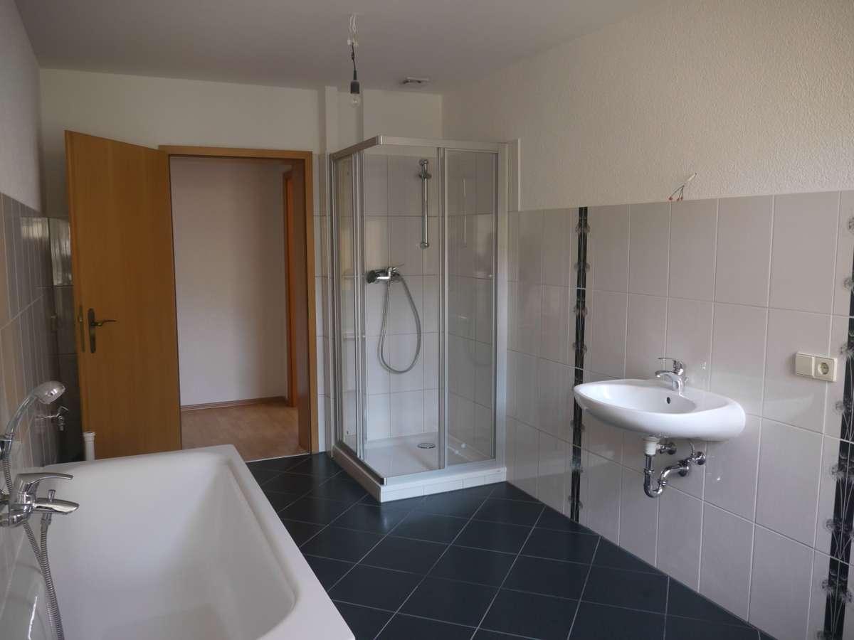 1. OG Bad-Dusche