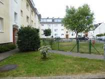 Hausverwaltung vermietet in Rath-Heumar helle