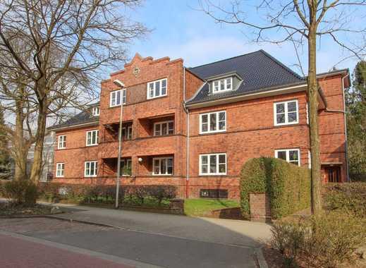 Ideal für 2 Personen - Komplett renovierte, charmante Altbau-Wohnung im Dachgeschoss
