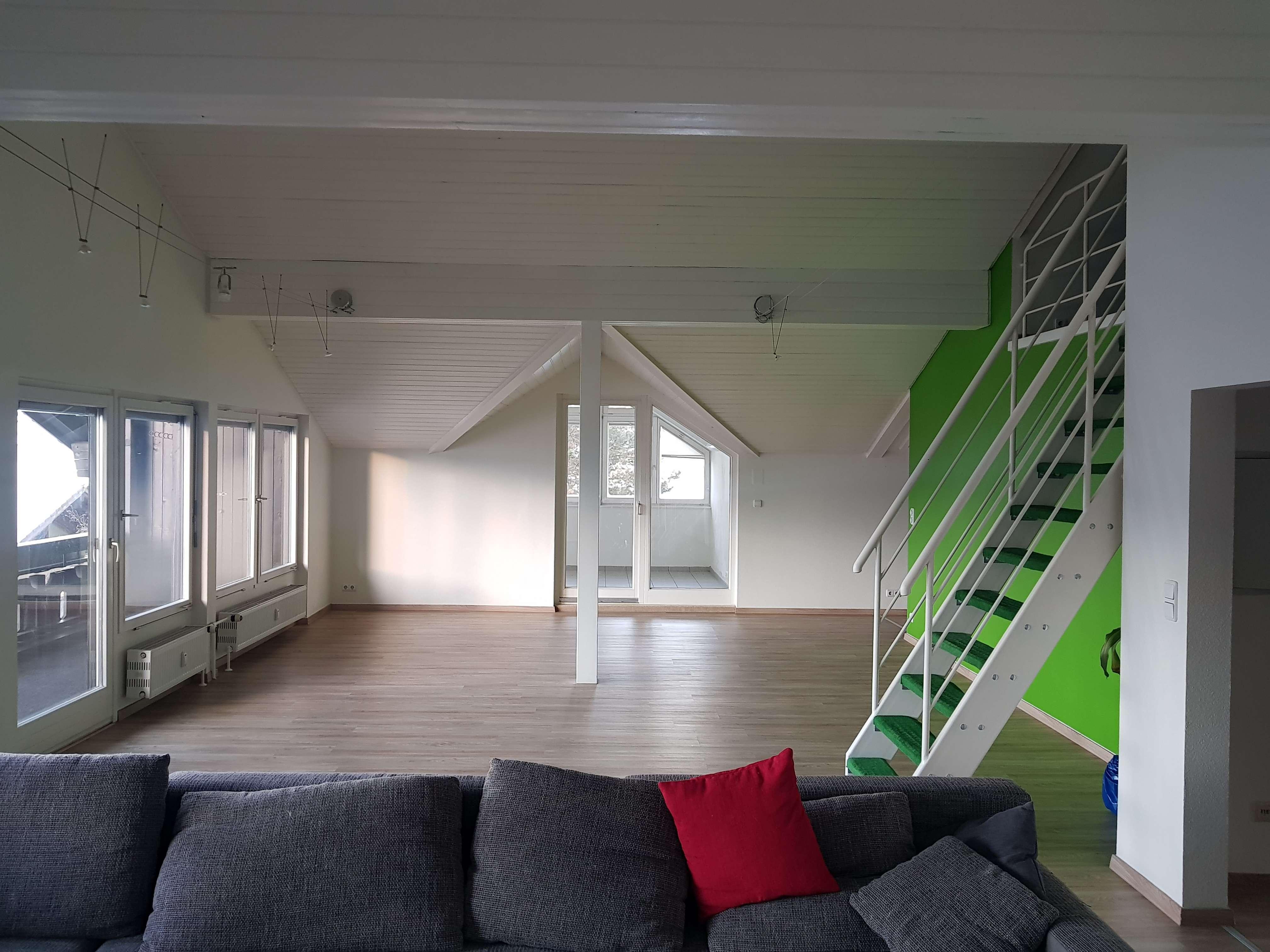 Gepflegte 2-Zimmer-DG-Wohnung mit Balkon und EBK in Sonthofen in Sonthofen