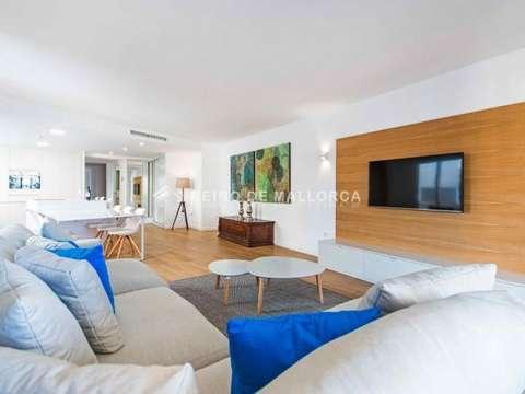 Luxus Appartement am Yachthafen von Alcudia ende 2017 renoviert