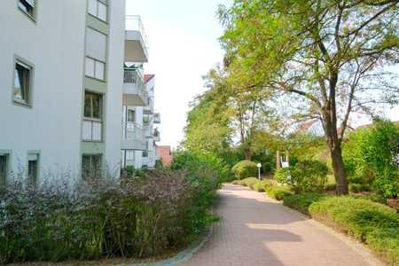 LA-Achdorf-Englberg - Schicke 2-Zimmer-Wohnung mit Tageslichtbad, Parkett, TG in Berg (Landshut)