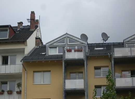 Wunderschöne Dachwohnung 2ZKB Einbàuküche, Südbalkon, Mainz-Neustadt
