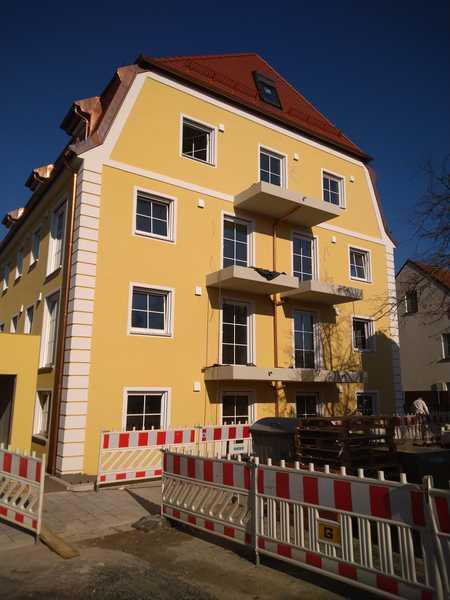Erstbezug: stilvolle 4-Zimmer-DG-Wohnung mit luxuriöser Innenausstattung in Regensburg mit Domblick in Stadtamhof (Regensburg)