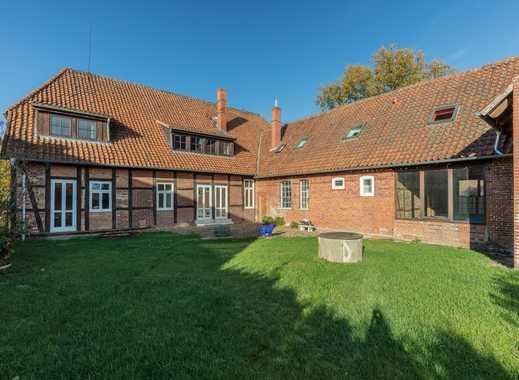 Saniertes, historisches Fachwerk-Bauernhaus mit viel Platz und luxuriöser Ausstattung