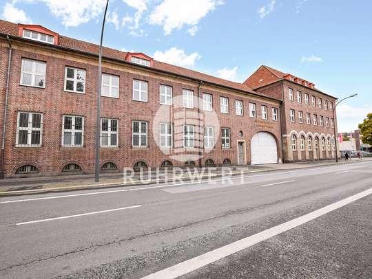 von Industrie-Charme: Imposanter Bürokomplex im Hafenviertel!