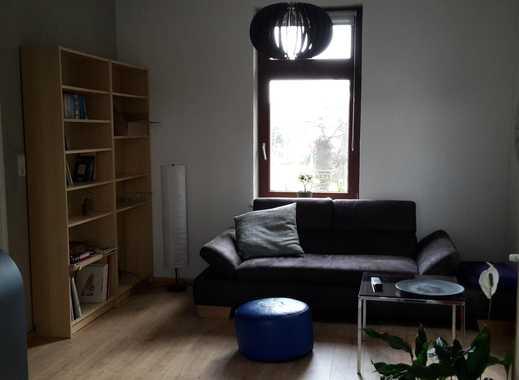schönes Zimmer in Haus mit Garten