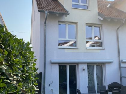 Haus Mieten In Nieder Erlenbach Immobilienscout24