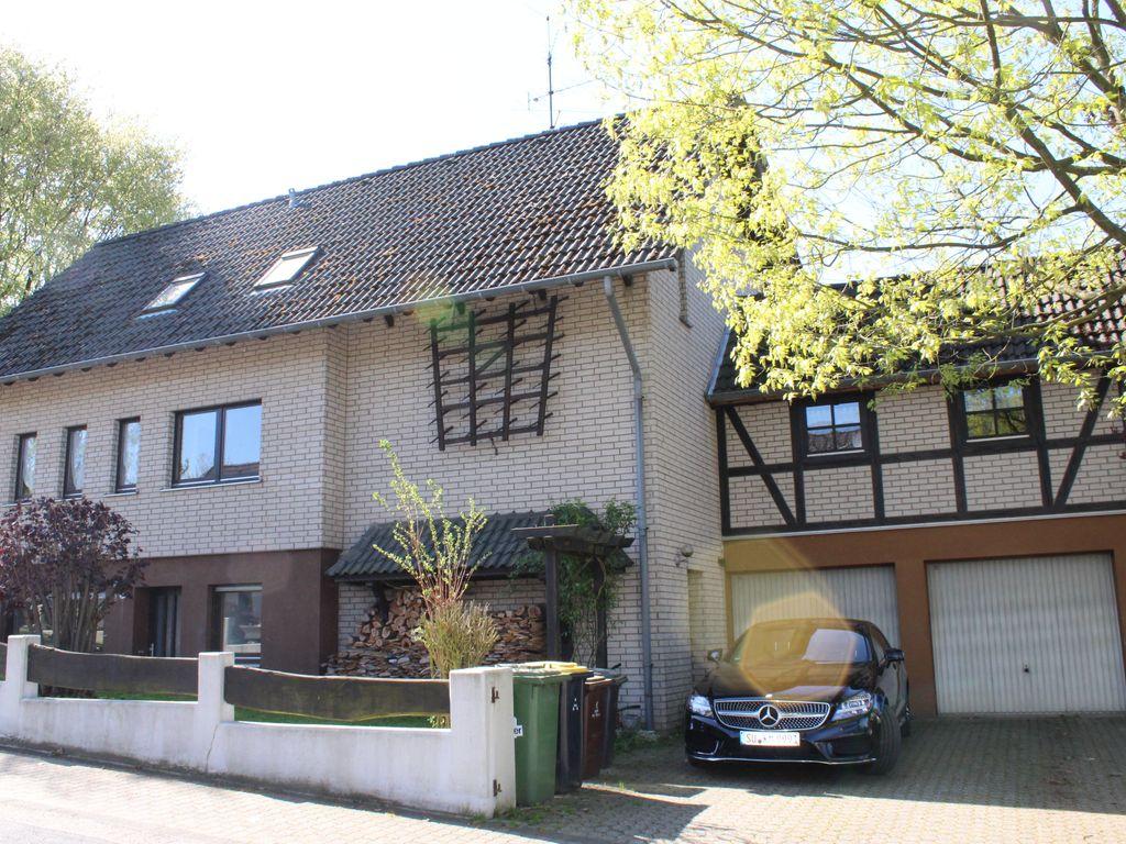 Makler Lohmar einfamilienhaus mit einliegerwohnung in schöner höhenlage lohmar