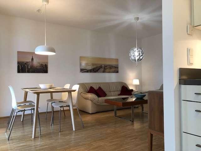 Möblierte Luxus 2 Zimmer Wohnung mit direktem Parkblick in Laim/Pasing, München in Pasing (München)