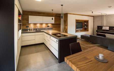 Neuwertige 3-Zimmer-Wohnung mit Balkon und EBK in Hobbach in Eschau