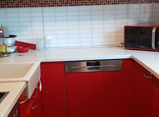 Exklusive 3-Zimmer-EG-Wohnung mit Balkon und Einbauküche in Leonberg