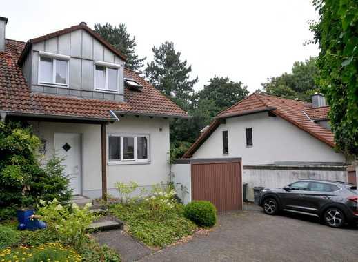 Moderne Doppelhaushälfte in bevorzugter Wohnlage