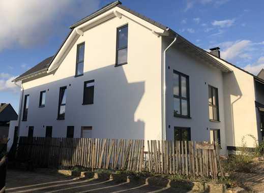 Sindorf: Neubau 3-Parteienhaus ohne Fertigstellung des Innenausbaus für Selbstnutzer/Kapitalanleger