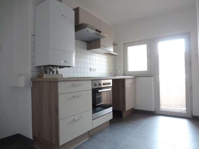 Schöne, sonnige 3-Zimmer-Wohnung mit Balkon und Einbauküche in Würzburg in Grombühl (Würzburg)