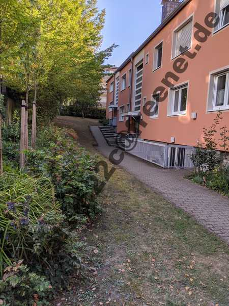 Ruhige und helle 3,5-Zimmer-Wohnung in Würzburg Frauenland, Ersteinzug nach Sanierung in Frauenland (Würzburg)