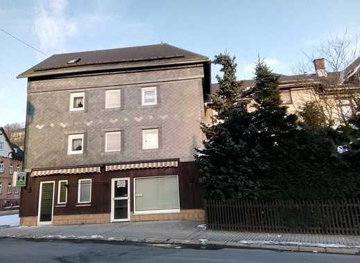 Haus mit Wohnung und Ladengeschäft zentral in Steinach