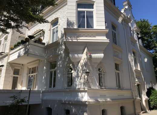 Waldhausen: Erstbezug nach Sanierung mit Balkon und Terrasse: stilvolle 7-Zimmer-EG-Wohnung