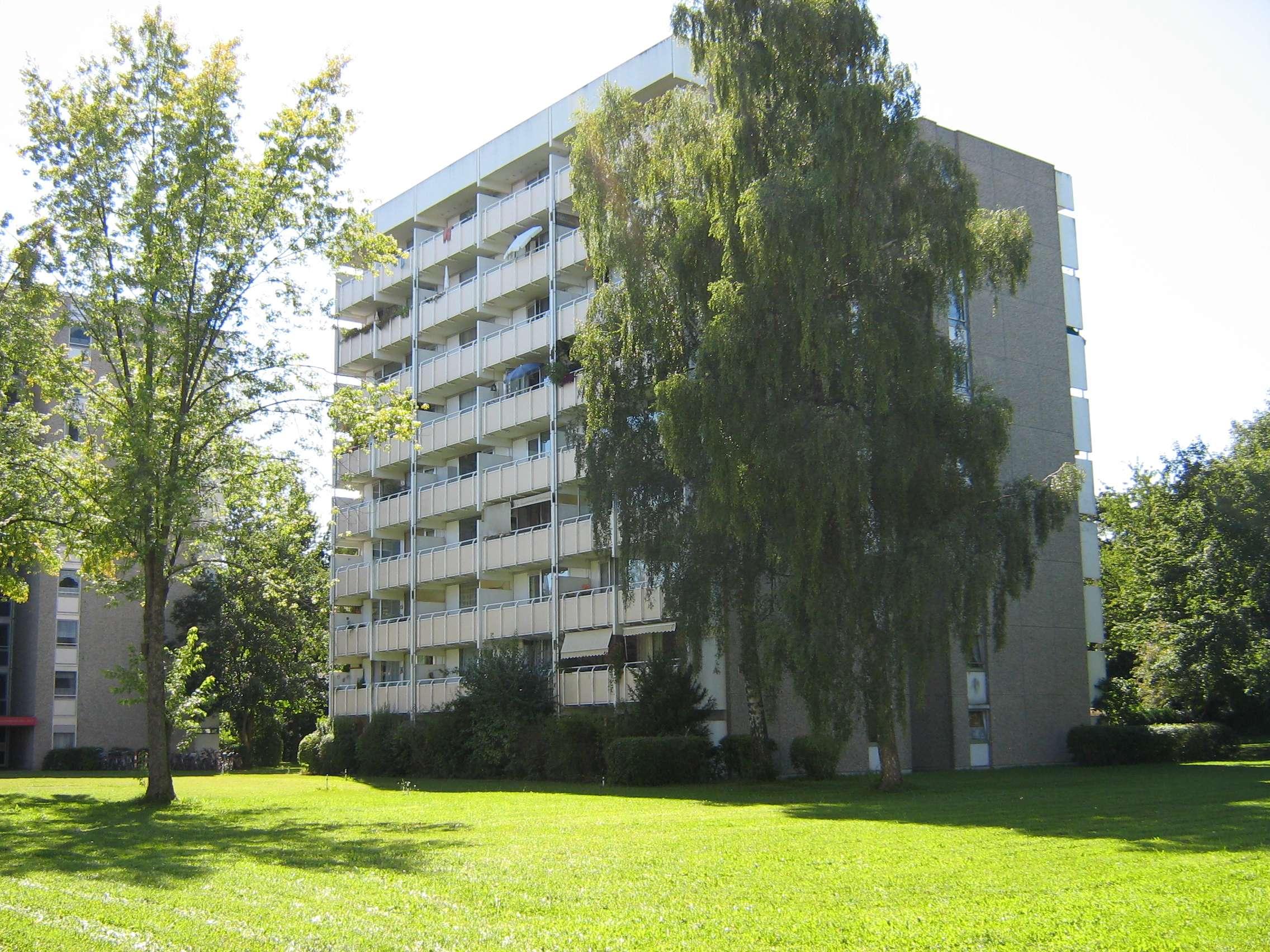 *Helle 3-Zimmer und 2 Halbe Zimmer Wohnung* in Fürstenried (München)