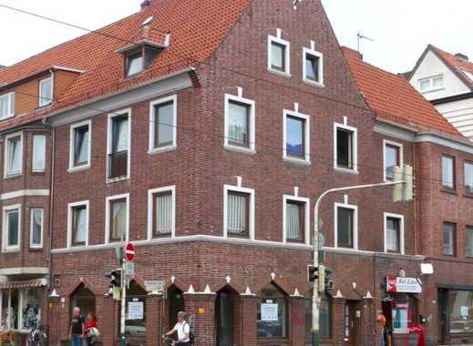 Ladengeschäft in der Neustadt, gr. Schaufenster