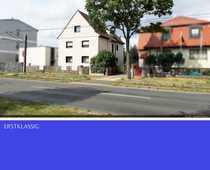 Unvermietetes 3 Familienhaus mit Baulandreserve