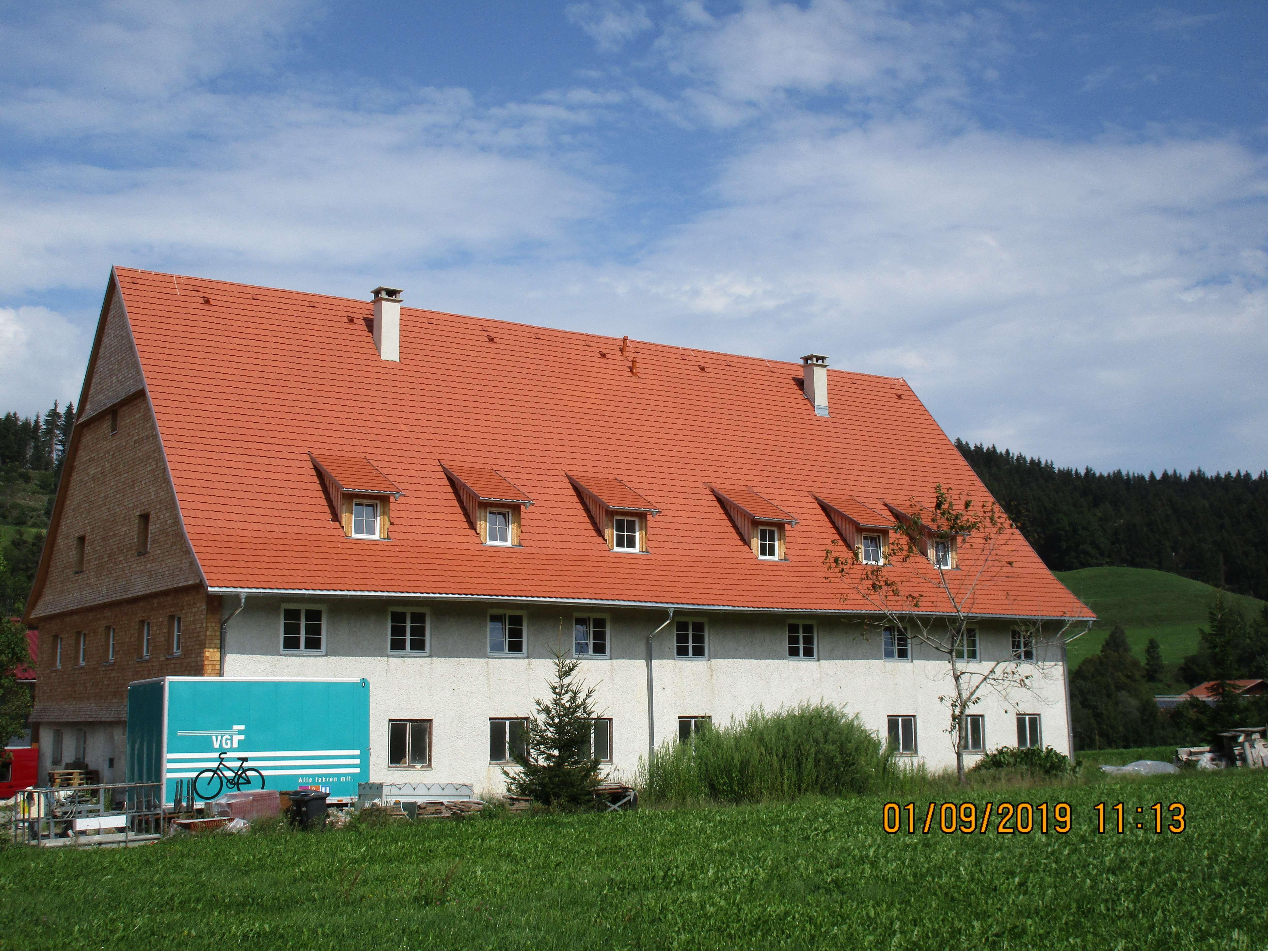 Modernisierte 5-Zimmer-Wohnung in der Natur mit Bushaltestelle in Weitnau