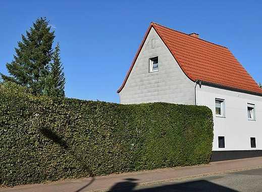Ohmbachsee-Pfalz: Einfamilienhaus mit großem Garten- u. Waldgrundstück, Hof & Doppelgarage