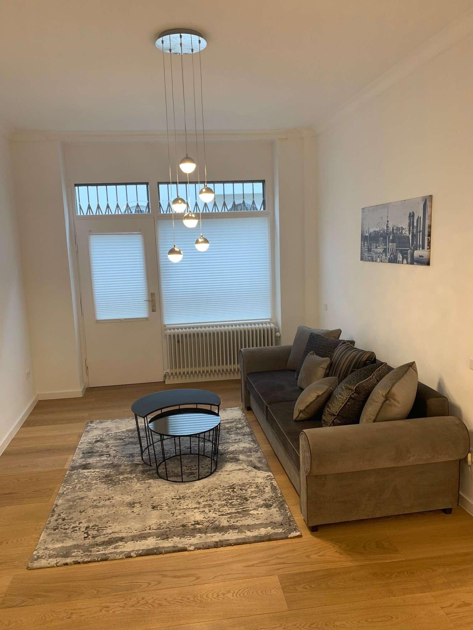 Sanierte und möblierte 2-Zimmerwohnung in Neuhausen zu vermieten in Neuhausen (München)
