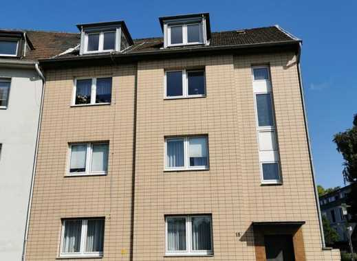 E-Altenessen: Gemütliche und sehr gut geschnittene Dachgeschosswohnung in gepflegtem Haus!