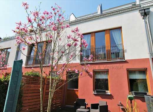 Kleines Familienglück! Modernes Reihenmittelhaus mit eigenem Garten und Dachterrasse!