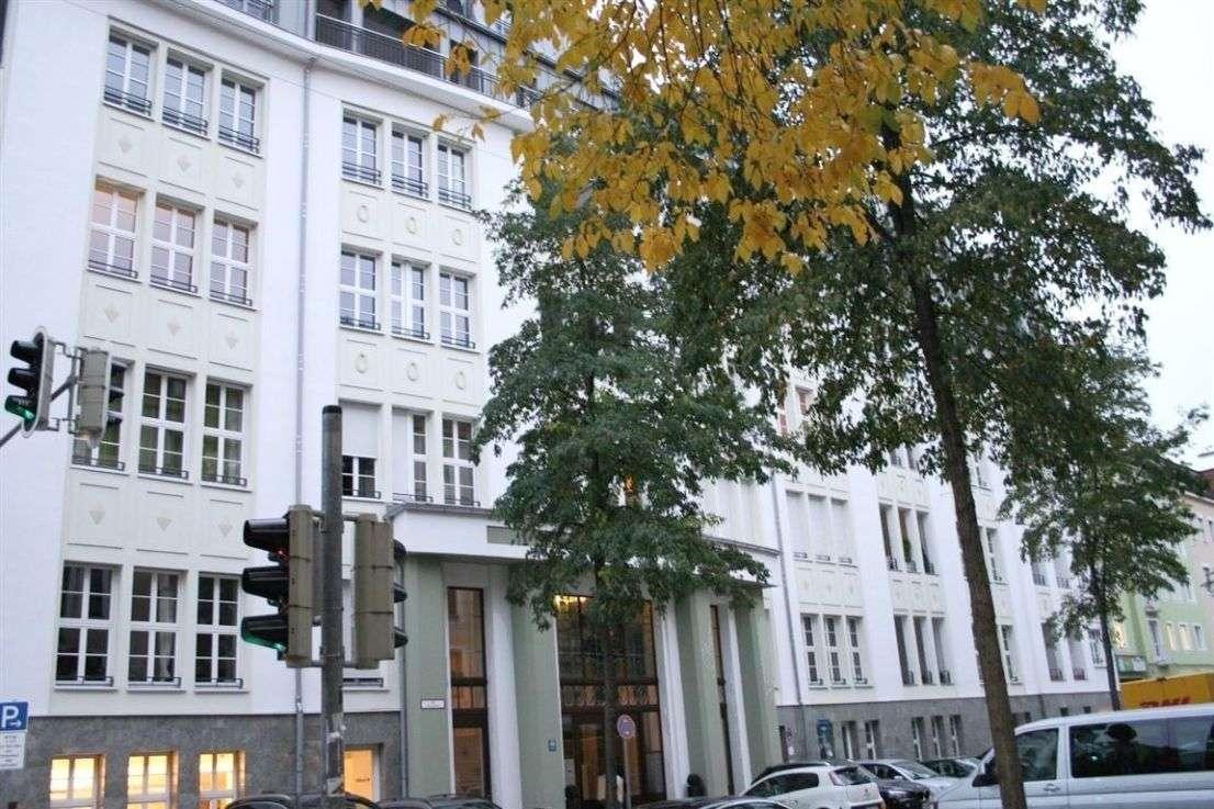 Isar Stadt Palais - Luxuswohnung in majestätischem Ambiente möbliert mit Concierge-Service