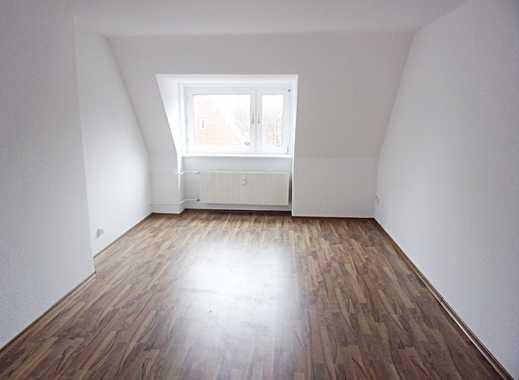 Ideal für Singles! Top sanierte Dachwohnung - ruhige Wohnlage!