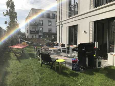 HELLE 3-ZIMMER-WOHNUNG MIT GROßEM PRIVATGARTEN in Südstadt (Fürth)