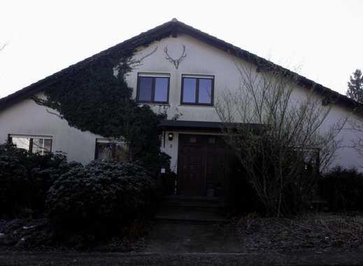 Schönes, geräumiges Haus -freistehend -mit acht Zimmern in Schöllkrippen (Lkr. Aschaffenburg)