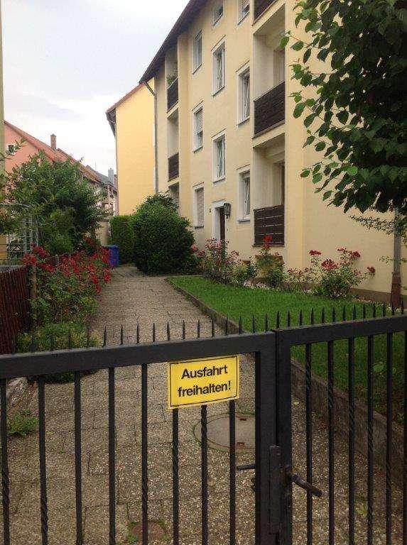 Rundherum Grün - 2-Zimmer-Wohnung in Wöhrd, direkt neben der Technischen Hochschule Nürnberg in Wöhrd