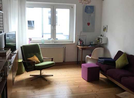 Gepflegte 2 Zimmerwohnung mit alten Dielenböden im Szene-Viertel Pempelfort.