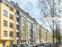 IMMOBERLIN DE - Lichtdurchflutete Stuck-Altbauwohnung mit