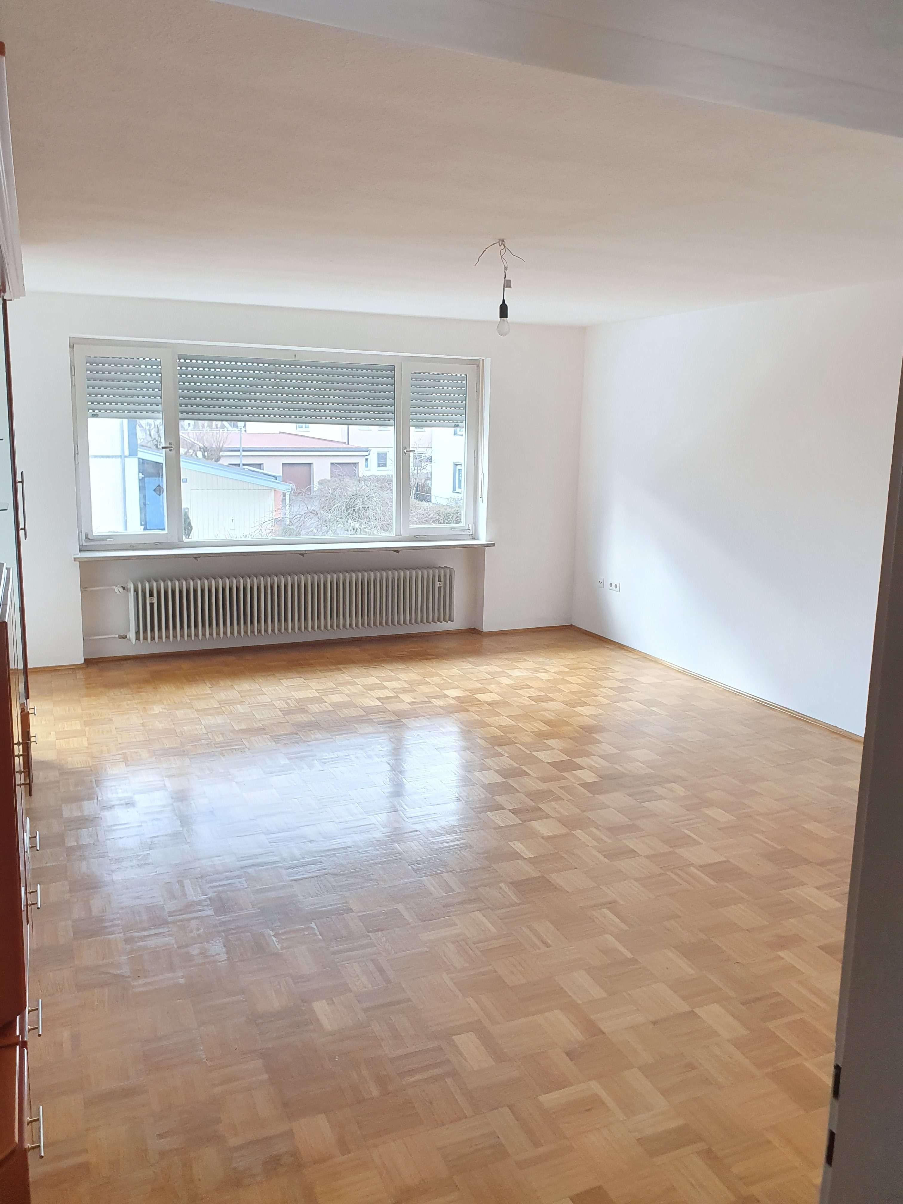 Helle 3 Zimmer Wohnung mit Balkon in Zweifamilienhaus in Mühldorf am Inn