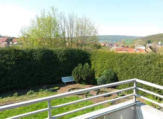 Große grüne ruhige und uneinsehbare Oase mitten im Ort mit Panoramablick