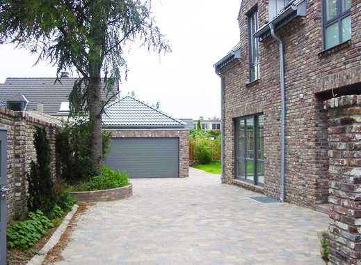 Exklusives Architektenhaus mit freistehender Doppelgarage an Privatweg + 332 m² WNfl