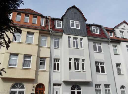Schicke Dachgeschosswohnung mit Gartenbenutzung