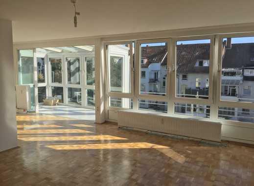 Großzügige 3-Zimmer Wohnung auf zwei Ebenen mit Südbalkon