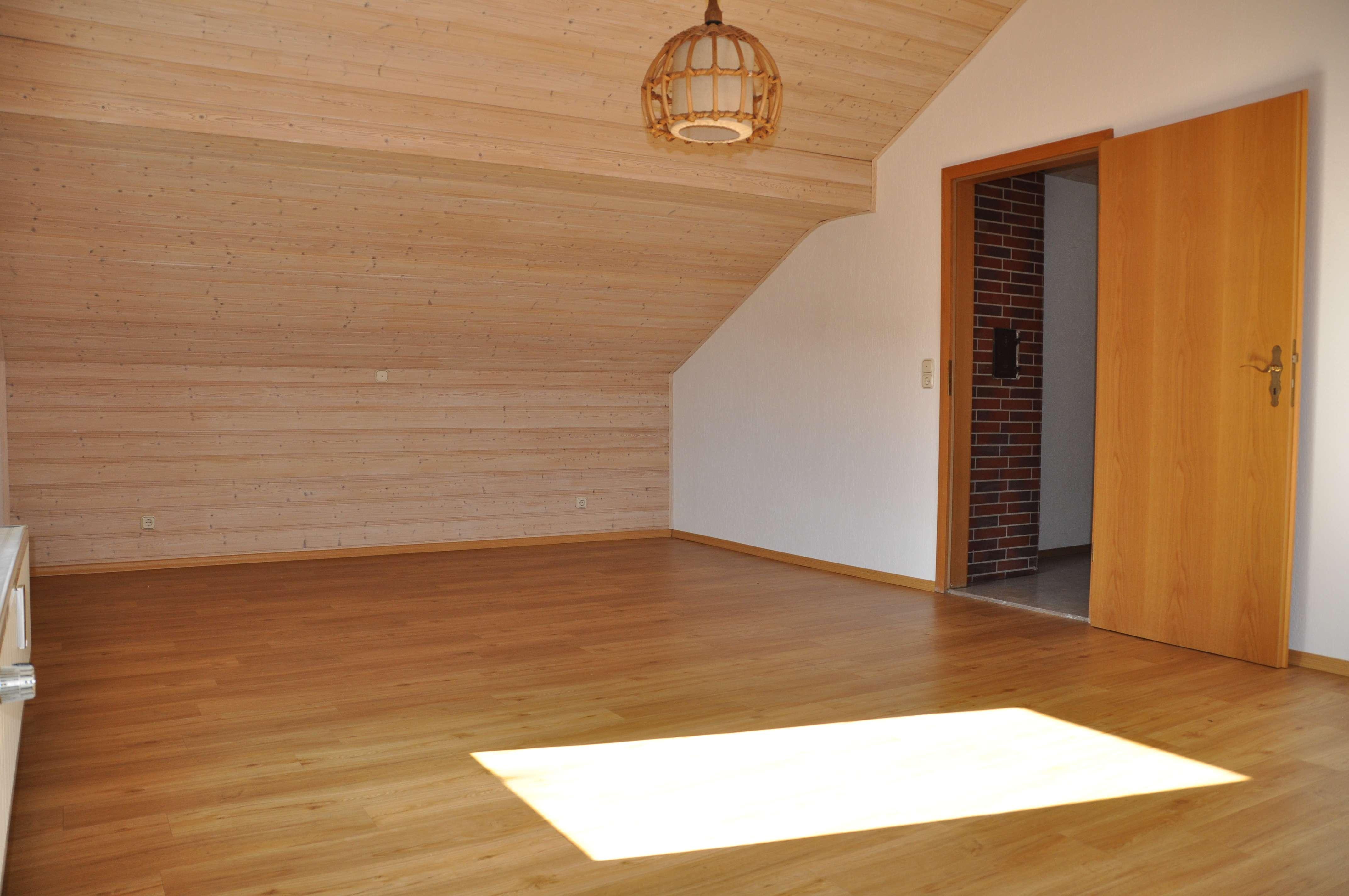 Ihr neues Zuhause: 2-Zimmer-Wohnung in Osterhofen in Osterhofen