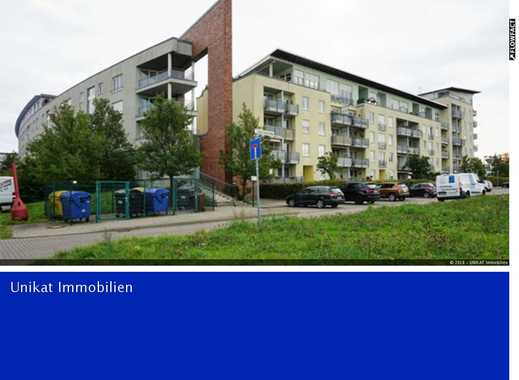 Möblierte 2-Raumwohnung mit EBK, TG-Stellplatz, Fahrstuhl und tollem Blick (Pauschalmiete)
