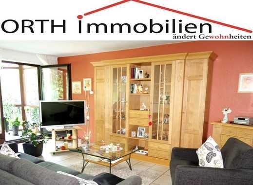 Gepflegte Maisonette Wohnung / Erdgeschoss plus Souterrain mit Loggia und großer Terrasse  in Hürth